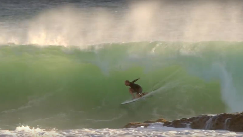 Video: Mick Fanning y compañía surfeando en Snapper Rocks