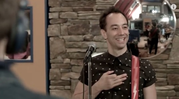 Albert Hammond Jr LT