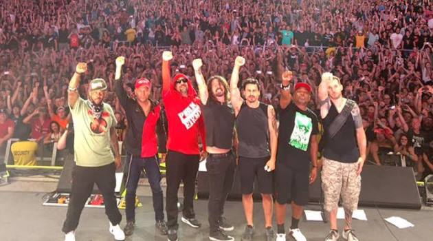 DAVE GROHL & PROPHETS OF RAGE