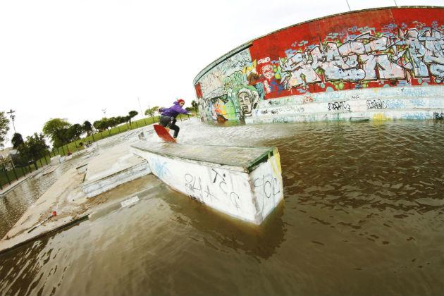 Lucas Gonzalez sketchy ledge