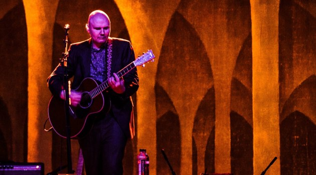 smashing-pumpkins-billy-corgan-acoustic-plainsong-live-egyptian-room-indianapolis-2015-006-1919x1280